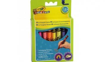 16 Triangular Crayons.